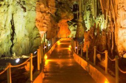 Το ρομπότ «Περσεφόνη» θα ξεναγεί τους επισκέπτες του σπηλαίου της Αλιστράτης