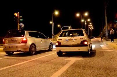 Κόντρες αυτοκινήτων στην Βάρκιζα: Η ΕΛ.ΑΣ μάζεψε πάνω από 30 άδειες οδήγησης