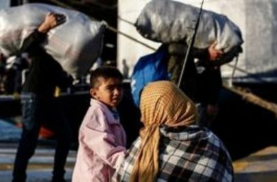 Στον Πειραιά αποβιβάστηκαν 249 μετανάστες-πρόσφυγες από τη Μυτιλήνη