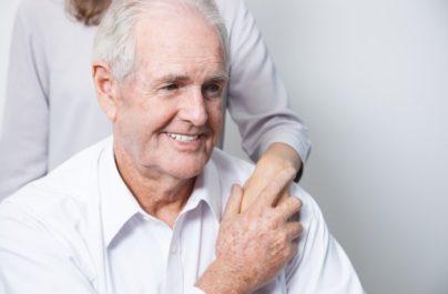 Πειραματικό φάρμακο επιβραδύνει την επιδείνωση της νόσου Αλτσχάιμερ