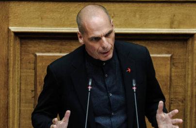 """Βαρουφάκης:«Κύριε Μητσοτάκη την κ.Μπεκατώρου την καλέσατε στο Μαξίμου,αυτά τα παιδιά όχι""""»"""