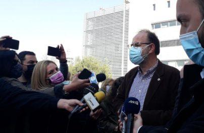 Δρόσος Τσαβλής: Εμβολιάστηκαν συγγενείς μου για να μην πεταχτούν τα εμβόλια